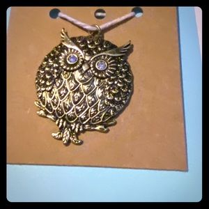 Metal owl pendant
